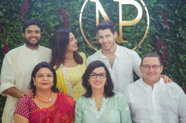 Priyanka Chopra Nick Jonas make their engagement official