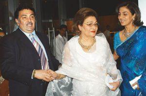 bollywood raj-kapoor-wife-krishna-raj-kapoor-passes-away